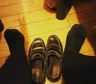 Kisah Melepas Sepatu