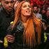 Becky Lynch aparece no Elimination Chamber mesmo suspensa para atacar Charlotte Flair e Ronda Rousey