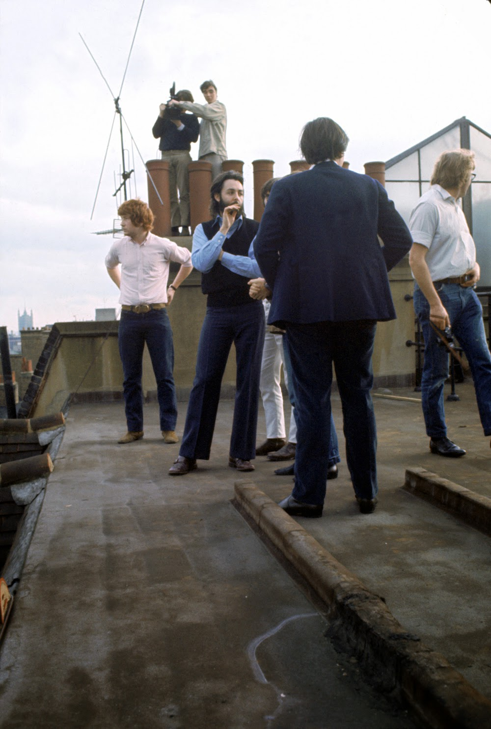 Wonderful Color Photographs Of The Beatles Rooftop
