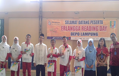 Para Pemenang di Acara Reading Day SMP IT Arraihan ft Erlangga