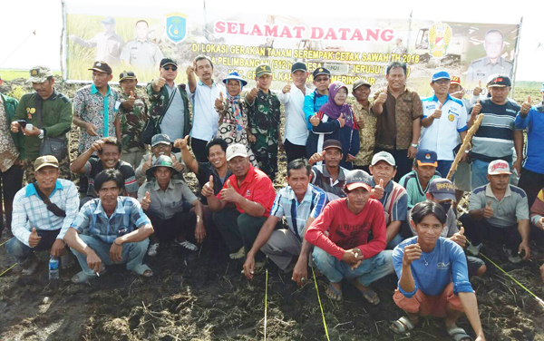 Manfaatkan Sejengkal Tanah Dan Setetes Air Untuk Bercocok Tanam