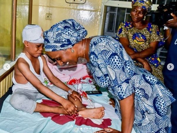VP Osinbajo's Wife Visits Survivors Of Lagos Building Collapse