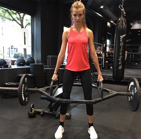 Victoria's Secret Angels - Fitness Food Healthy Living - Workout plan, Train like an angel, josephine skriver, weight training, squats