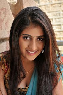 Anisha Singh Stills From Ayyare Movie CF 02.jpg