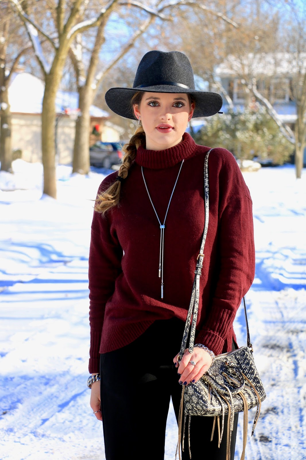 Nyc fashion blogger Kathleen Harper showing how to wear a hat