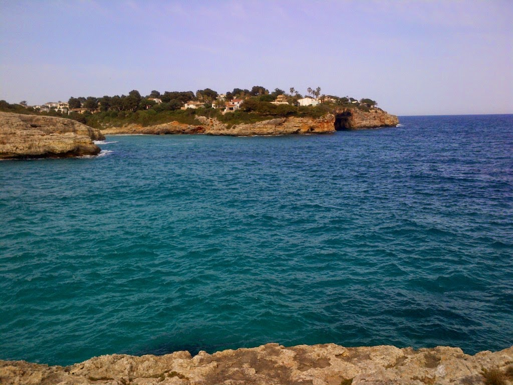 There's a great sea view from the minigolf course at Porto Cristo