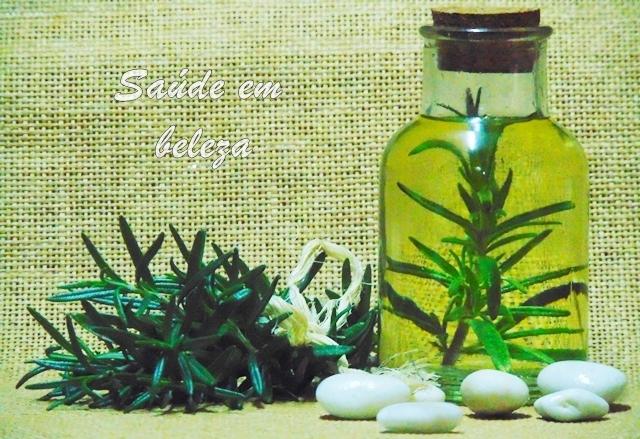Benefícios do óleo de alecrim e como fazer