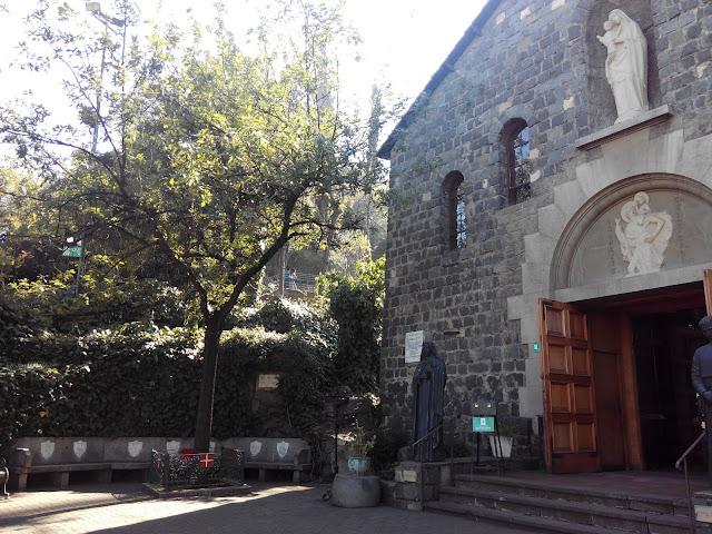 Plaza Vasca en el Cerro San Cristobal Santiago Chile