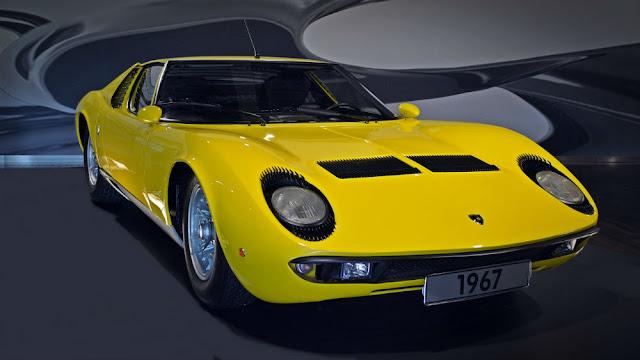 Lamborghini Miura 1960s Italian classic supercar