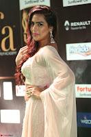 Prajna Actress in bhackless Cream Choli and transparent saree at IIFA Utsavam Awards 2017 015.JPG