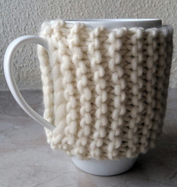 we are knitters , tricot , cache-mug , tuto
