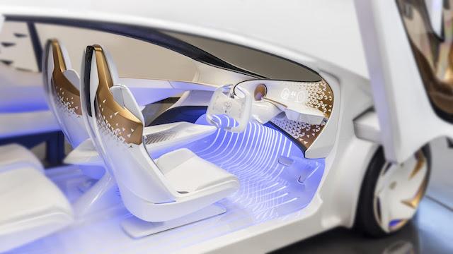 将来は車がドライバーの感情や嗜好を理解?トヨタ、人工知能搭載の新型コンセプトカー「Concept-愛i」を発表。