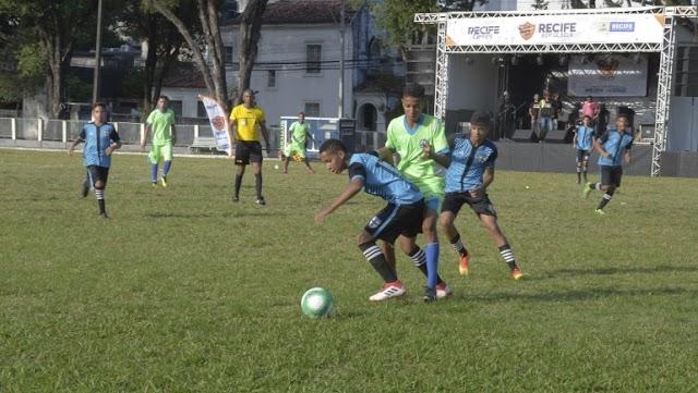 55 jogos movimentam a rodada do Recife Bom de Bola