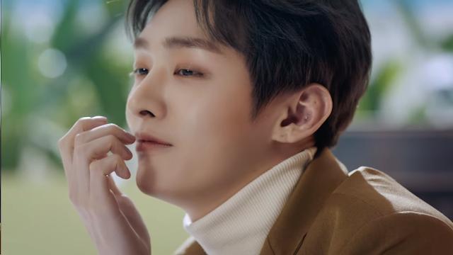"Yoon Ji Sung 'Merindu' di MV Solo Terbaru ""In The Rain"""
