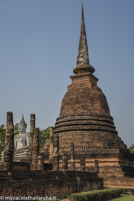 Wat Sa Si, Sukhothai, Main chedi