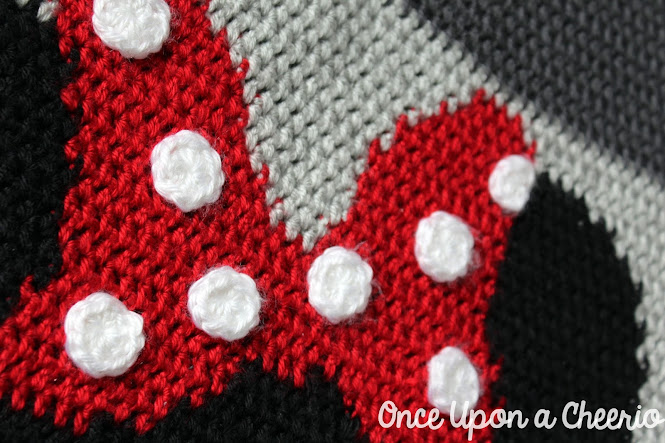 Minnie Mouse Sweater FREE Crochet Pattern