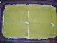 Lasaña de carne a la boloñesa-primera capa de pasta