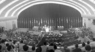 Konferensi Asia Afrika pertama kali diselenggarakan pada tanggal 18-24 April Tahun 1955 di Bandung yang merupakan salah satu hasil dari keputusan yang diperoleh dari Konferensi Bogor pada tanggal 28-29 Desember 1954. Konferensi Asia Afrika dihadiri oleh 23 negara dari Asia dan 7 negara dari Afrika. Sedangkan Federasi Afrika Tengah (Rhodesia) tidak hadir dalam konferensi tersebt karena masih dijajah Inggris.