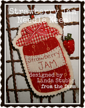 Strawberry Jam Needle Keeps