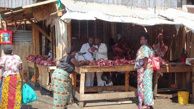 The butchers did NOT like making pictures of their meat from near. Was it because of flies?