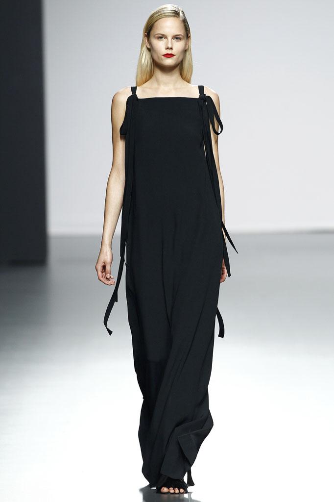 black gown Minimalistic Modern Classics