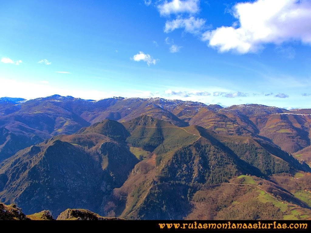 Rutas Montaña Asturias: Cimas Puertos Maravio