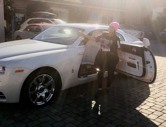 Blac Chyna buys herself a $400k Rolls Royce, 2 weeks to baby delivery