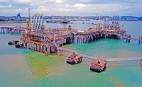 Bintulu LNG port, Sarawak, Malaysia. (Credit: Ahmad Afif Isa, CC by 2.0) Click to Enlarge.