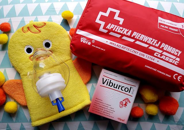 przeziębienie u dziecka -domowe sposoby na przeziębienie - viburcol - nebulizator - bolesne ząbkowanie - kolka niemowlęca - stres niepokój u dziecka - jak ulżyć dziecku w przeziębieniu - chore dziecko