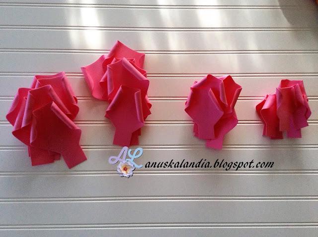 Rosa-gigante-en-goma-eva-o-foamy-5-pétalos-termoformados-Anuskalandia