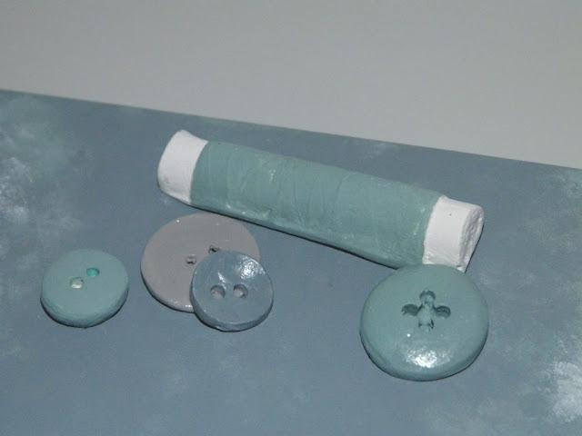 caja para hilos-costurero-figuras de escayola