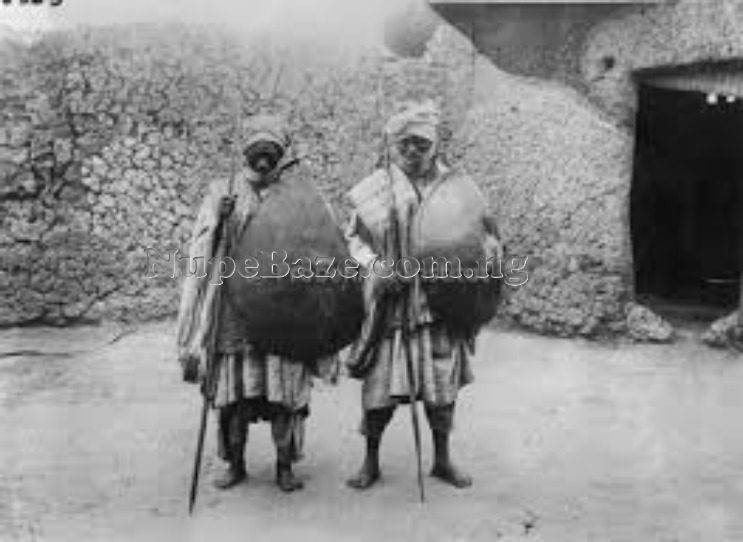 Nupe people , Nupe witchcraft , Nupe Army , Nupe guards