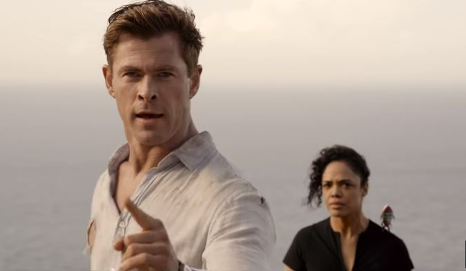 Men in Black International 2019 sci-fi action comedy movie featuring Agent M played by Tessa Thompson and Agent H played by Chris Hemsworth