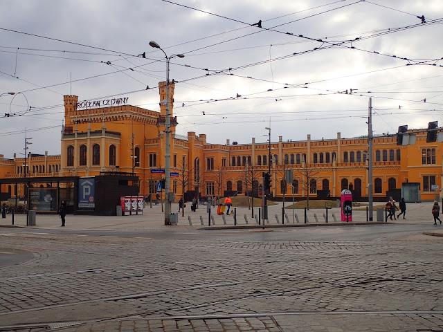 Wrocław Główny PKP widziany od zewnątrz