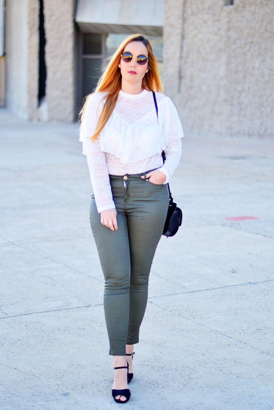 lace blouse, opticalh, woow, nery hdez, óptica herradores, gafas redondas
