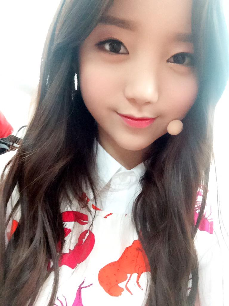 10 korean kpop girl group member with monolid eyes - Korean girl picture ...