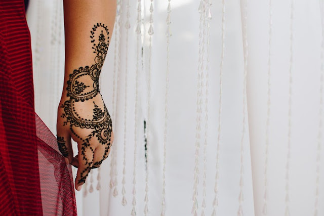 Mehndi Wedding design for full hand