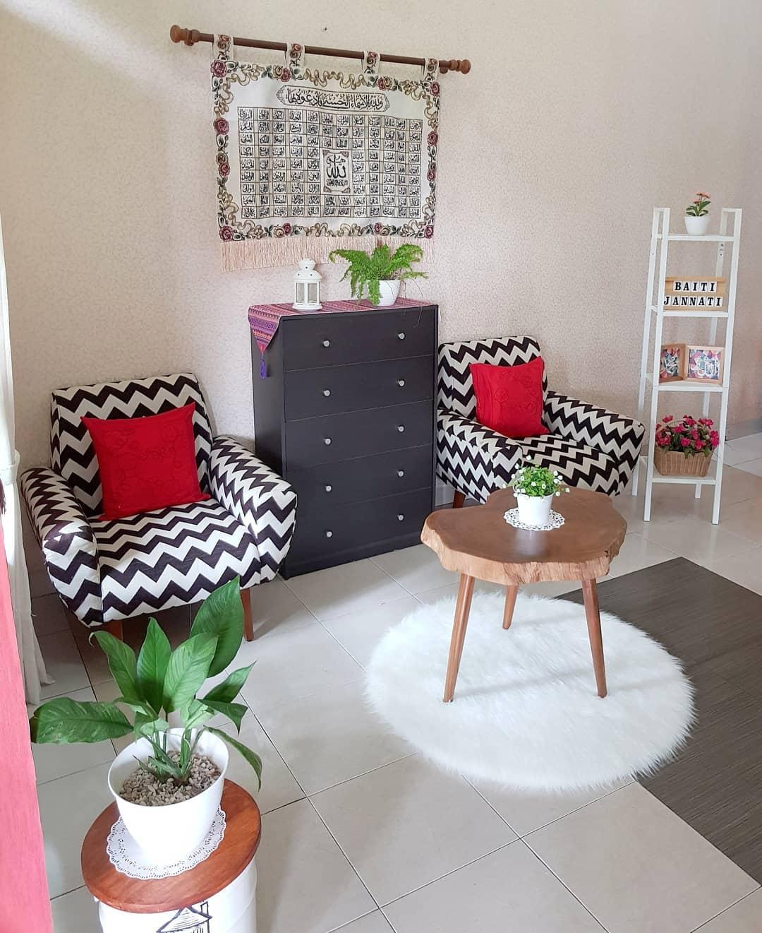 Jual Rak Besi 4 Susun Cocok Untuk Ruang Tamu Rumah Minimalis