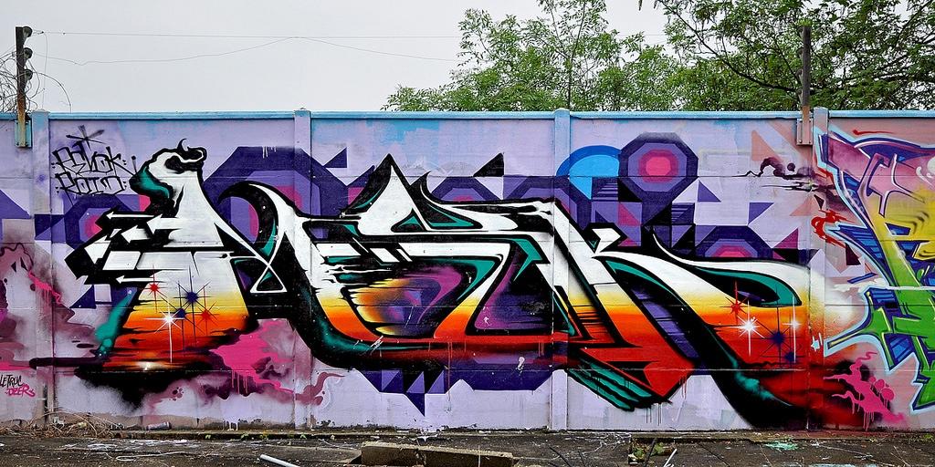 msk Graffiti - Amazing Nails