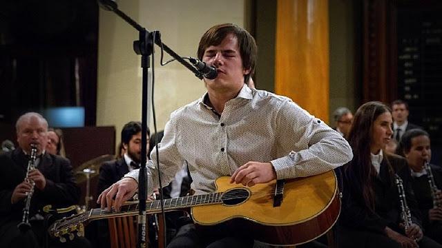 Nahuel Pennisi actuará gratis en la Plaza San Juan Bautista de Florencio Varela