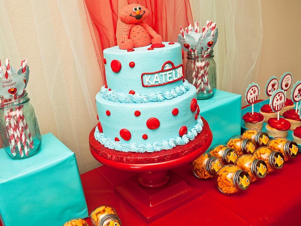 Elmo Pinata Polka Dot Balloons Party City Partycity DIY Cake Stand Hobby Lobby Hobbylobby