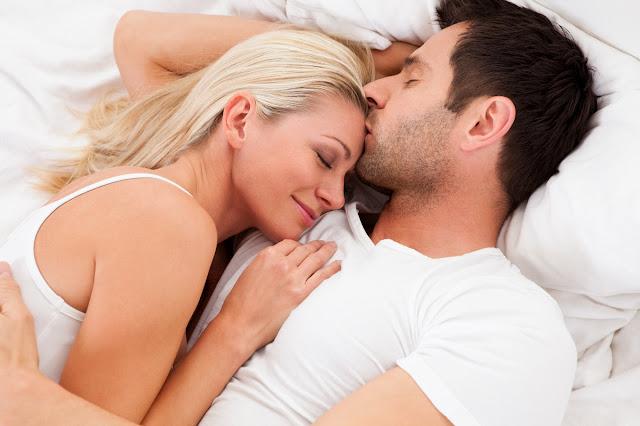 Đạo nghĩa vợ chồng sẽ trọn vẹn khi bàn tay chỉ nắm một bàn tay