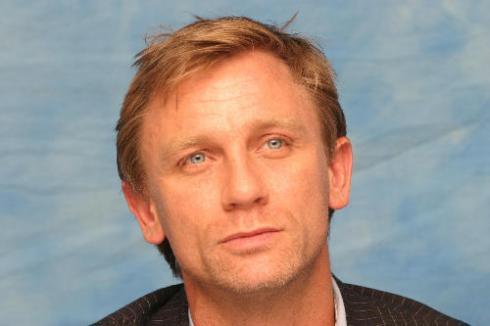 Daniel Craig Hairstyles | Men Hairstyles ,