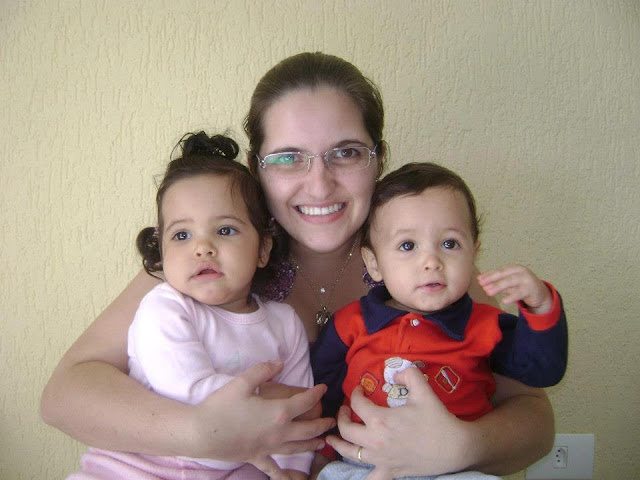 Historia da mamãe de gêmeos Renata Azol
