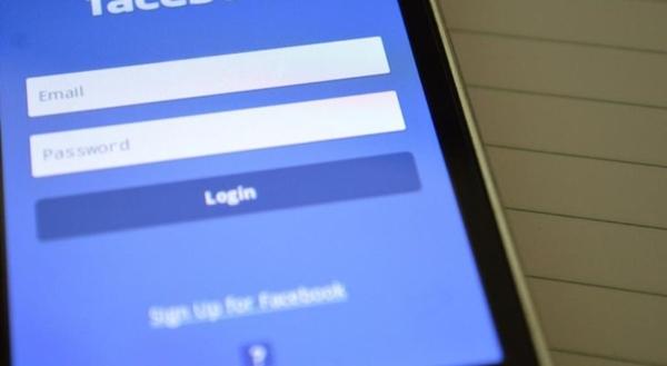 Facebook compartilhou dados de usuários com fabricantes de smartphones