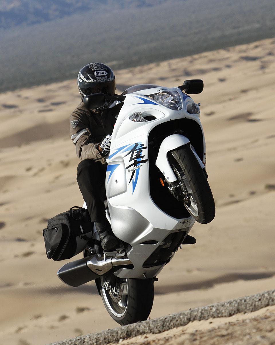 Kawasaki Ninja H2r >> Suzuki Hayabusa | HD Wallpapers (High Definition) | Free ...