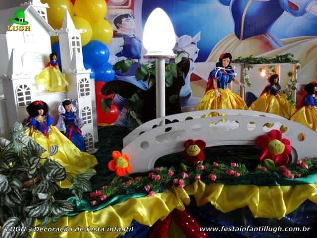 Mesa decorada luxo Branca de Neve - Decoração de aniversário feminino