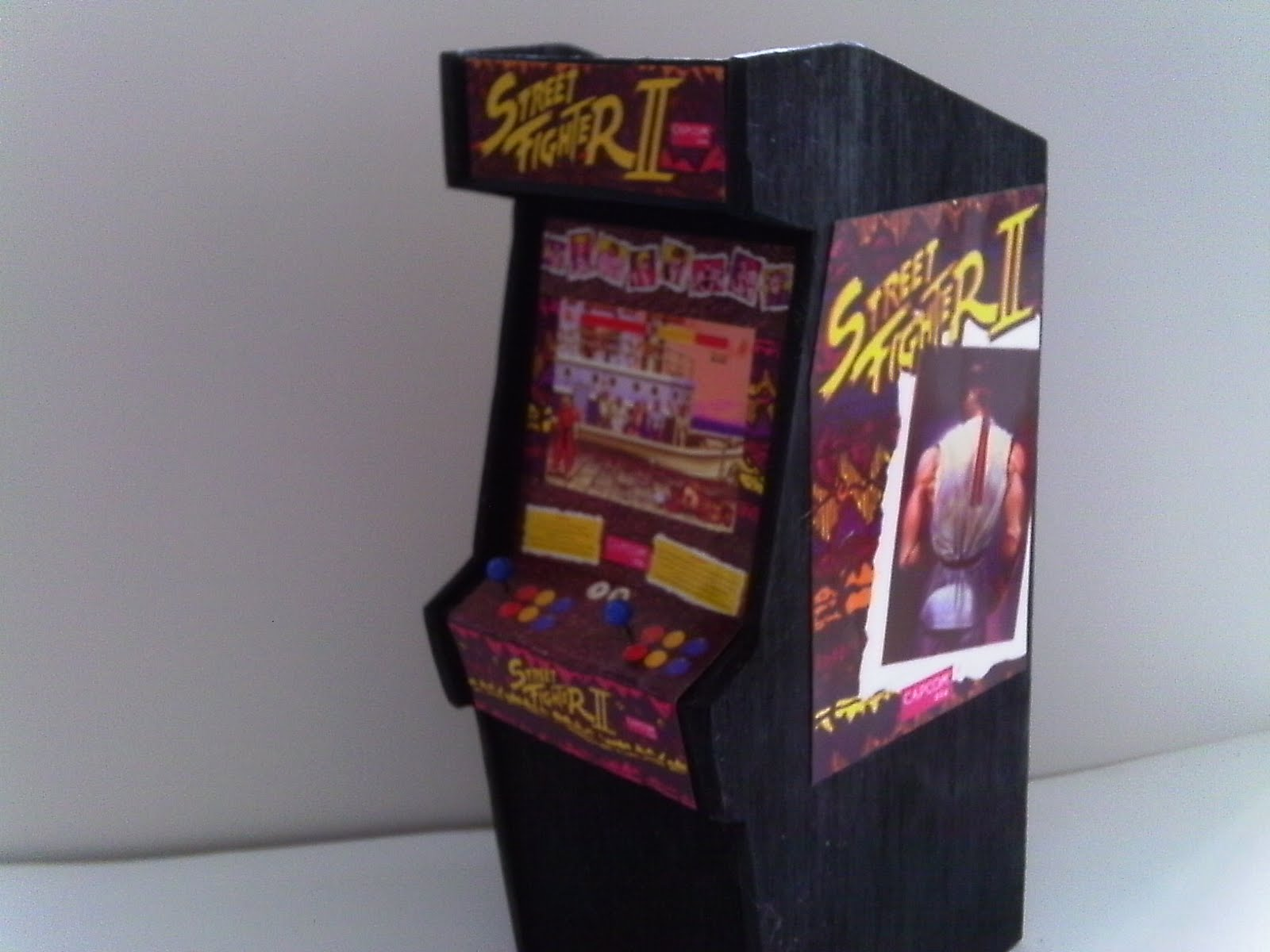 Retro Heart Street Fighter Ii Scale Arcade Model