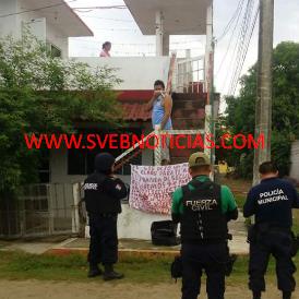 Dejan cabeza humana con narco-manta en Tecolutla Veracruz