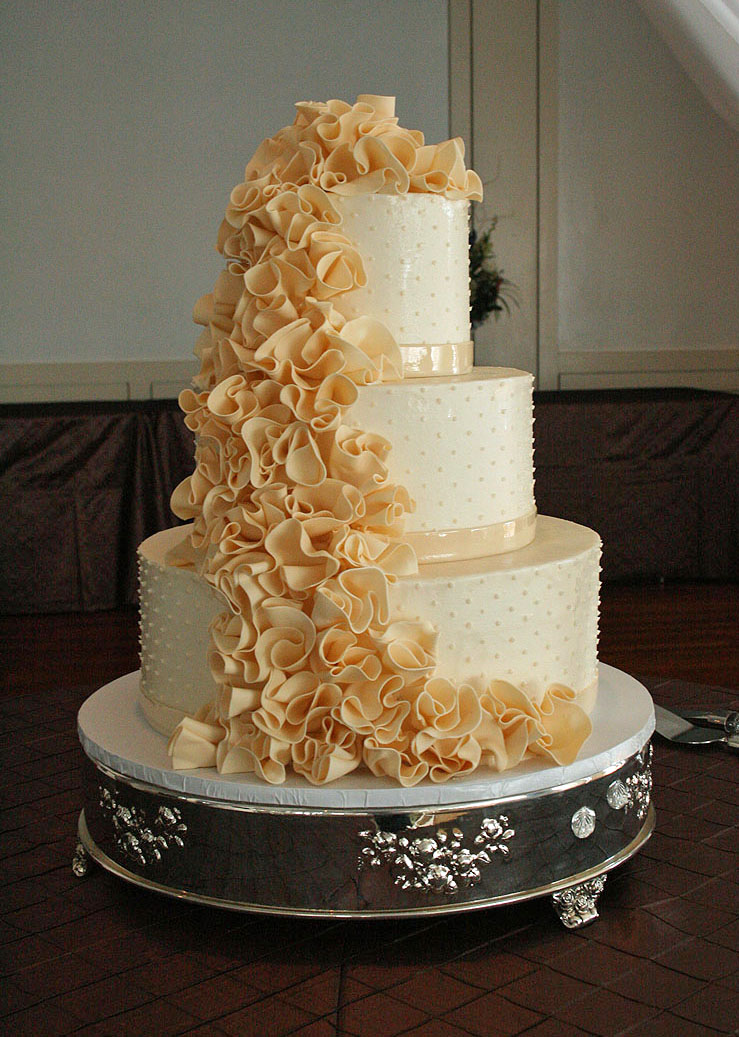 CT Weddings And Events: Wedding Cake Trends For 2013-2014